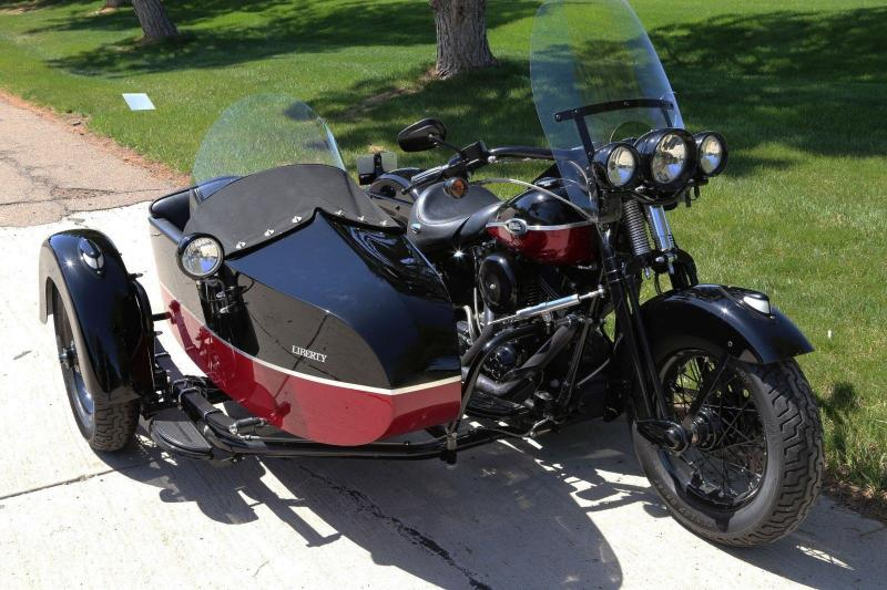 Motorcycles - 2005 Harley-Davidson Softail with Sidecar